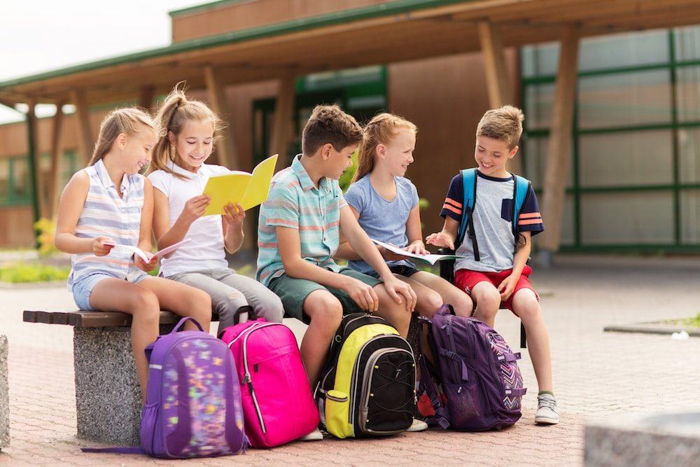 0f0f5d7e12104 Plecaki szkolne – najmodniejsze motywy i wzory