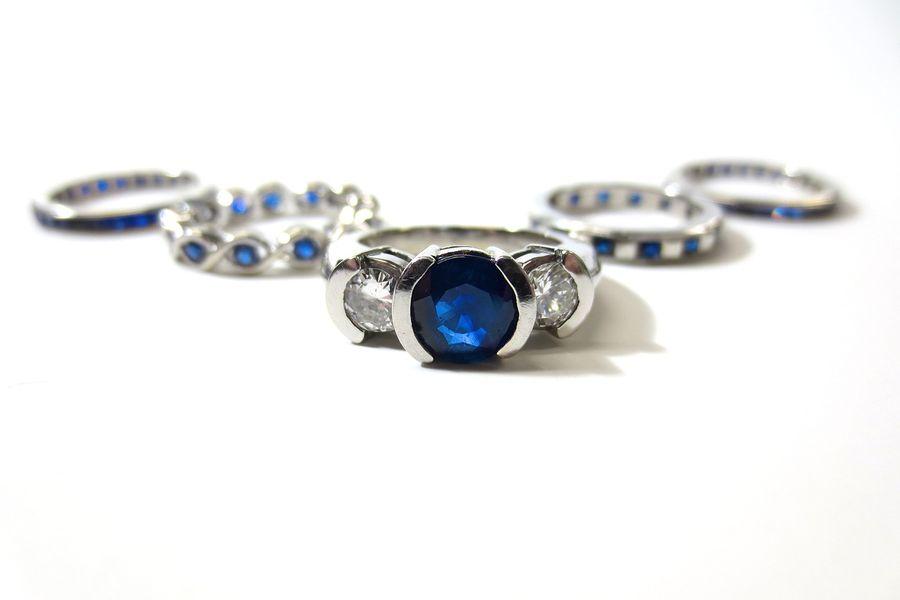 Srebrne pierścionki z tanzanitem