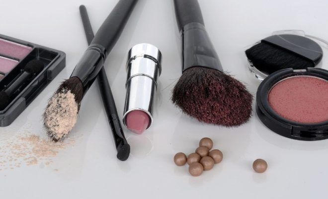 niebezpieczne kosmetyki do makijażu