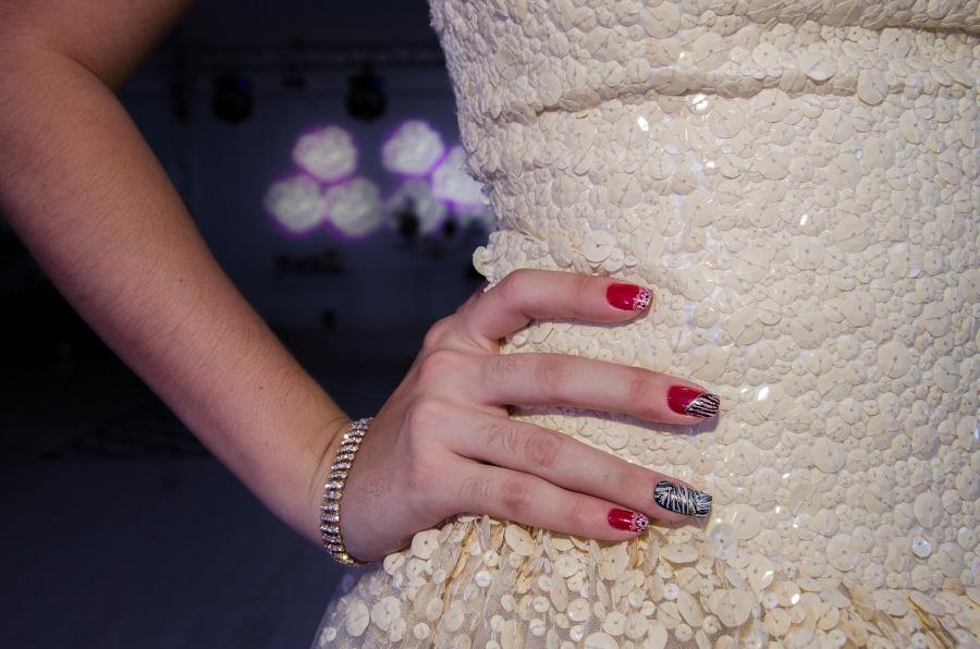 modne wzorki na paznokciach