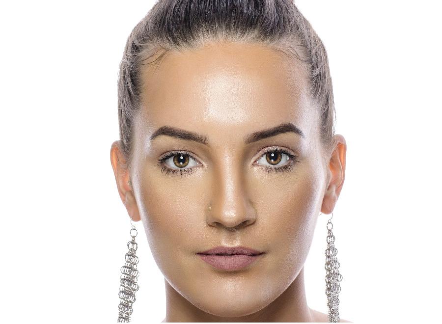 owalny ksztalt twarzy