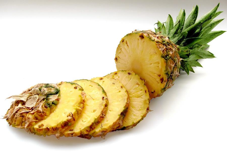 peeling enzymatyczny z ananasa
